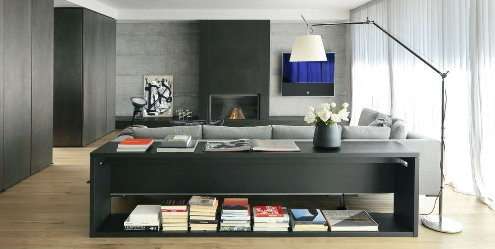 Take a look at luxe living in this Italian home that features a restrained palette and clean-cut lines