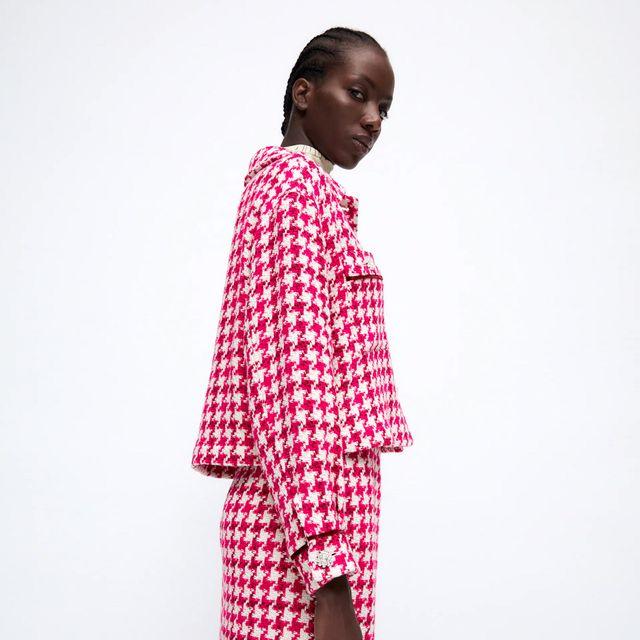 dos piezas de sobrecamisa y falda de tweed de zara