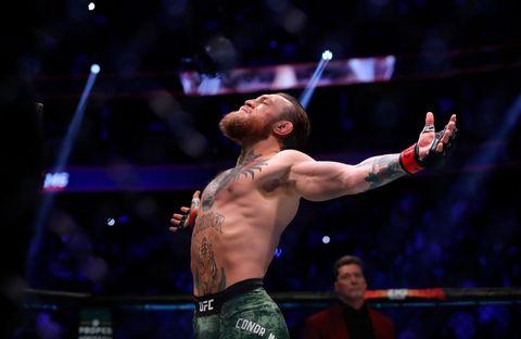 Conor McGregor solo necesita 40 segundos para derrotar a Donald Cerrone