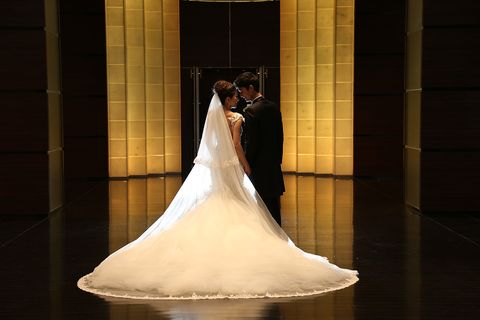 『コンラッド東京』のモダンでスタイリッシュな結婚式