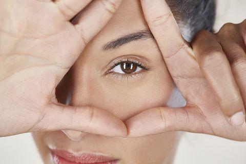 imagen de contorno de ojos