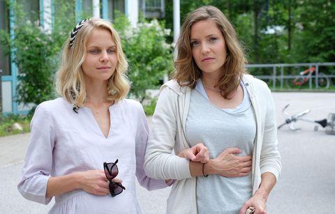 Sinja Dieks y Patricia Aulitzkyen 'Contra toda duda' de la serie Lena Lorenz