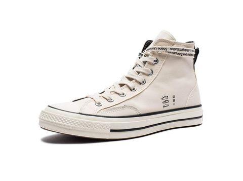 Shoe, Footwear, White, Sneakers, Product, Beige, Plimsoll shoe, Outdoor shoe, Walking shoe, Athletic shoe,