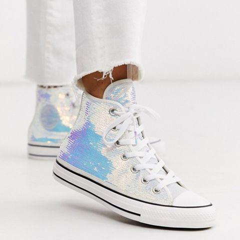 Shoe, Footwear, White, Sneakers, Product, Plimsoll shoe, Athletic shoe, Skate shoe, Ankle,