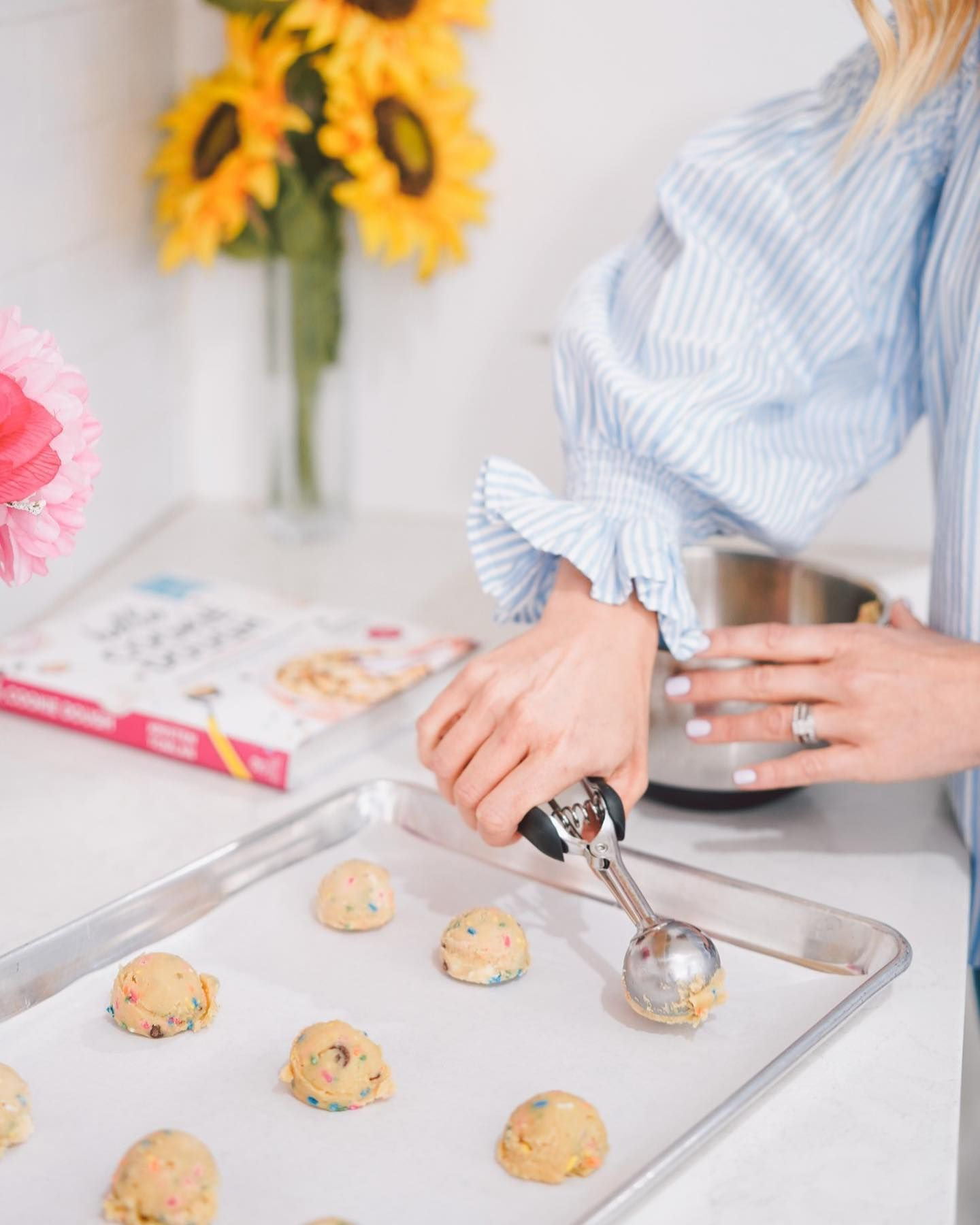 Viral Sensation DŌ Cookie Dough Is Coming Out With A Cookbook So You Can Make Their Treats At Home