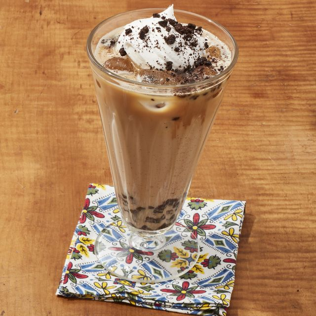cookies and cream iced latte