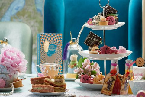 Things to do in London with kids: Alice in Wonderland afternoon tea
