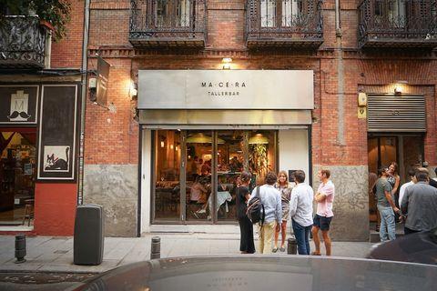 Los mejores bares para tomar copas un domingo por la tarde en Madrid