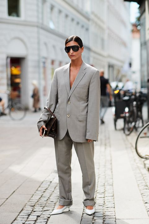 Clothing, Suit, White, Street fashion, Photograph, Blazer, Fashion, Outerwear, Snapshot, Formal wear,