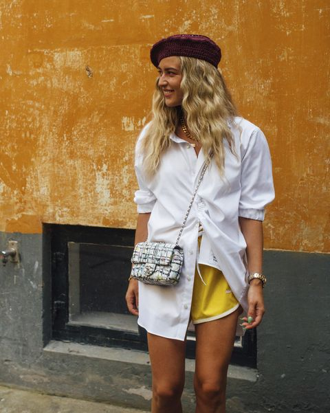 哥本哈根時裝週街拍潮人白襯衫運動短褲穿搭