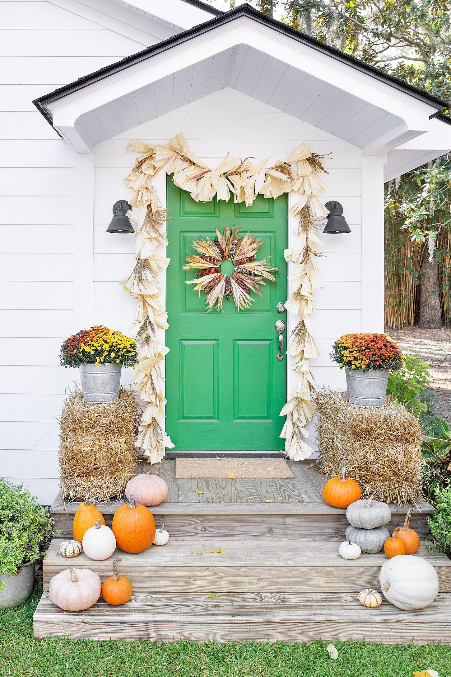corn husk thanksgiving wreath