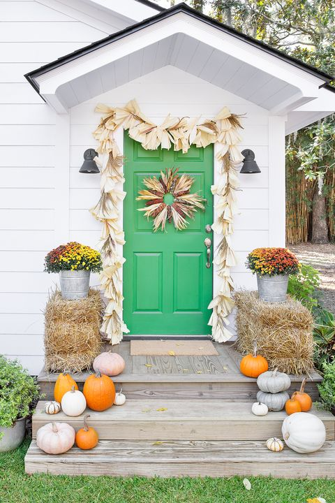 corn husk thanksgiving wreath