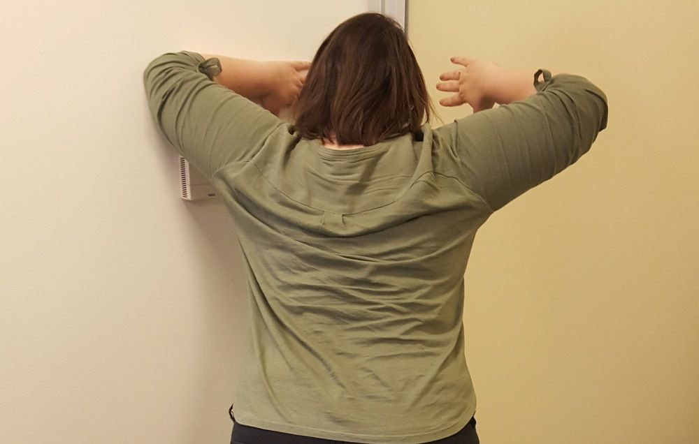 7 neck stretches you should do\u2014even if your neck feels fine preventionThe Way This Is Drawn If The Switch Was All The Way Toward The Neck #14