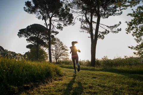 hardloper vrouw park hardlopen