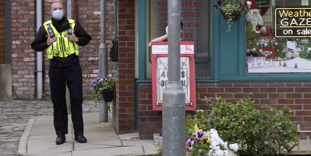 Coronation Street airs dramatic arrest on ITV Hub box set
