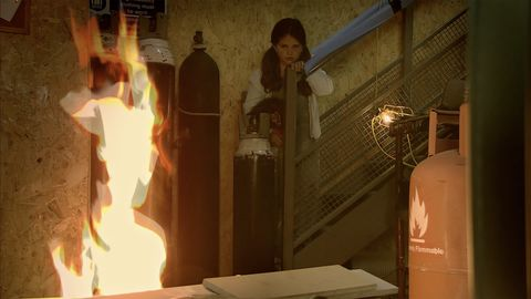 Hope Stape gets caught in a fire in Coronation Street