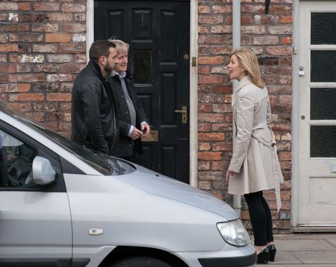 Leanne Battersby is annoyed with Peter Barlow in Coronation Street