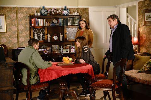 Peter Barlow seeks help over Carla's disappearance in Coronation Street