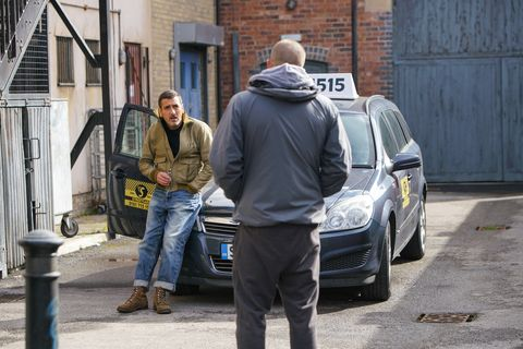 peter barlow and a thug in coronation street
