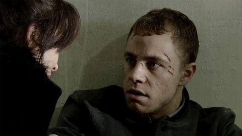 Clayton Hibbs holds Shona Ramsey hostage in Coronation Street
