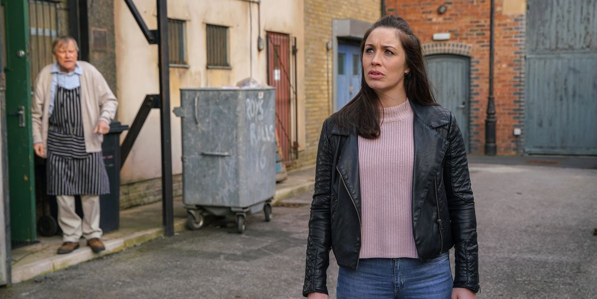 Coronation Street's Shona Platt decides to move in with Roy Cropper