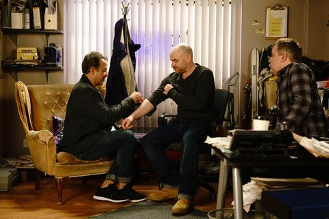 Tim Metcalfe makes fun of his own heart attack in Coronation Street