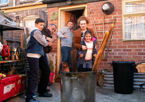 Hope Stape sparks more concern in Coronation Street