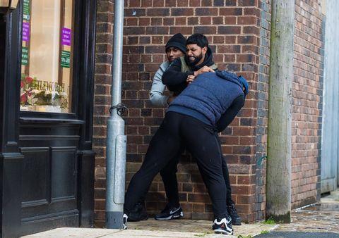 zeedan nazir is attacked in coronation street