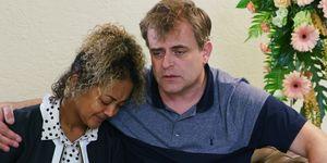 Steve McDonald comforts Emma Brooker in Coronation Street