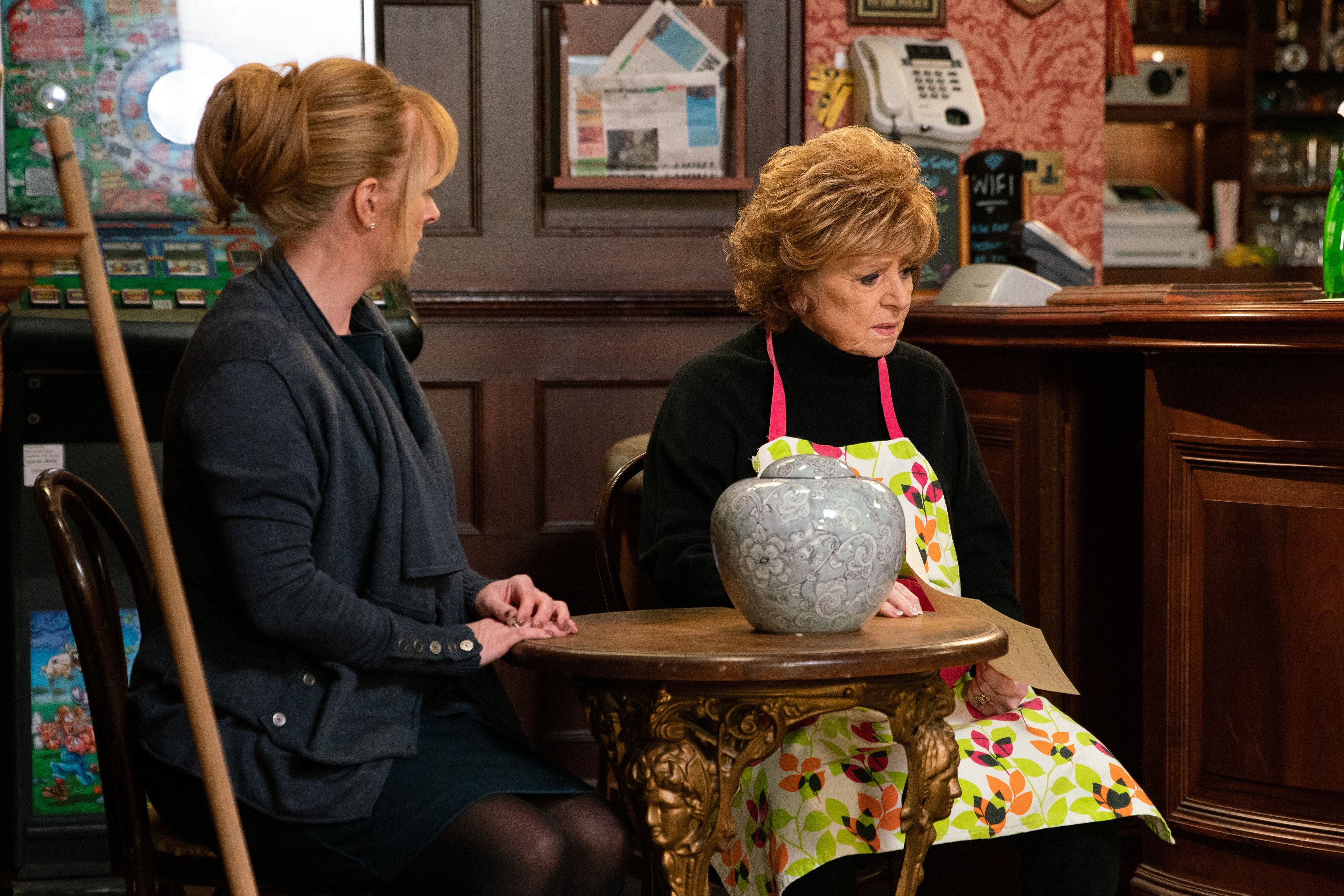 Coronation Street to kill off a classic character in the show's 10,000th episode storyline