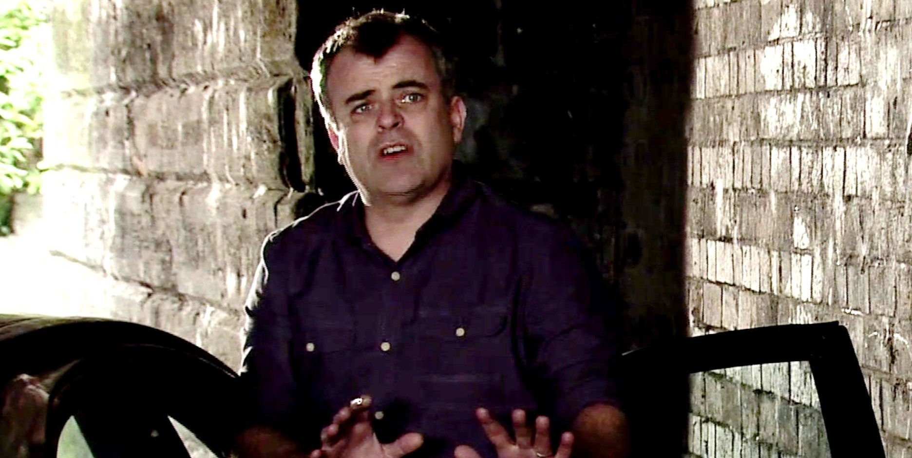 Steve McDonald is held at knifepoint in Coronation Street