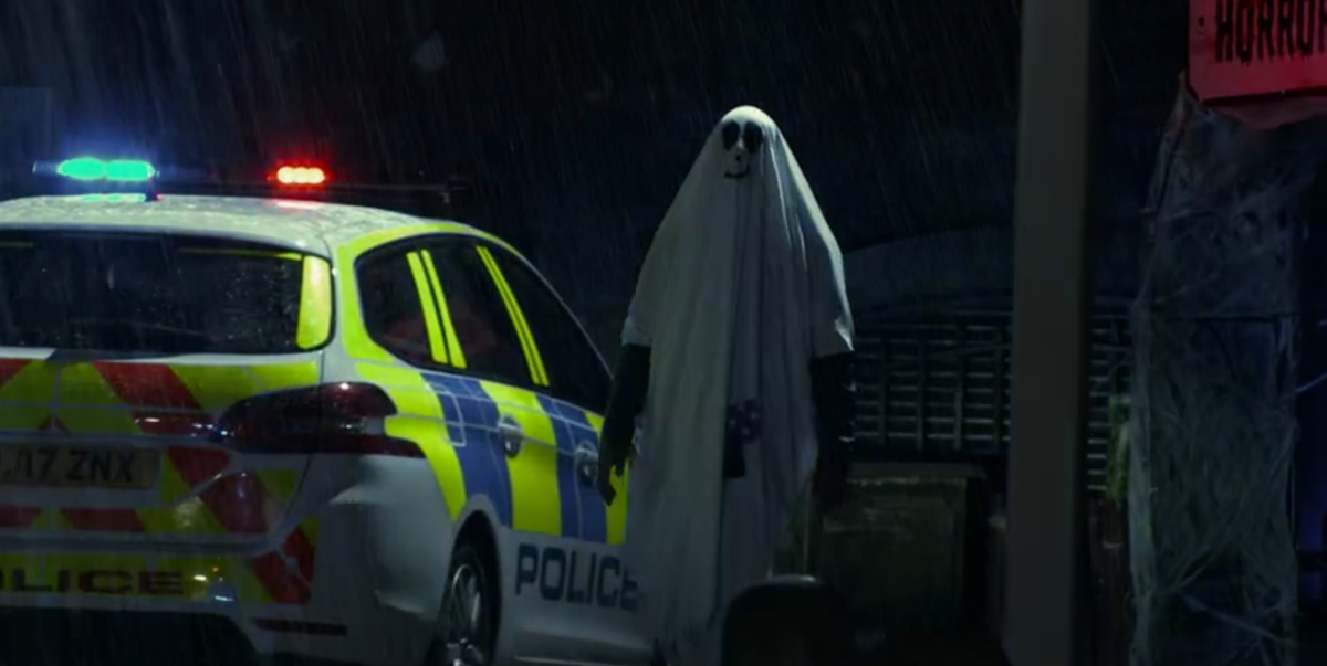 Coronation Street rules out fan theory over mystery ghost costume