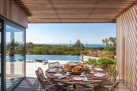 the thinking traveller dit zijn de meest authentieke en indrukwekkende design villa's in europa