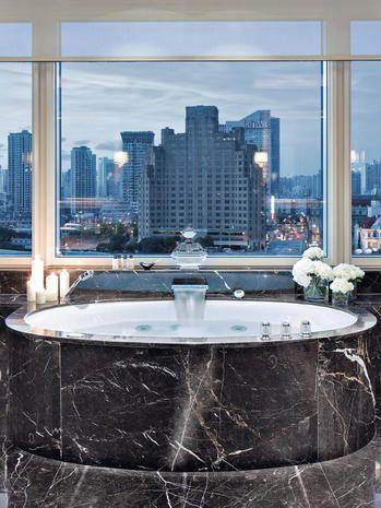 Property, Room, Building, Interior design, Architecture, Real estate, Condominium, City, Water feature, Material property,