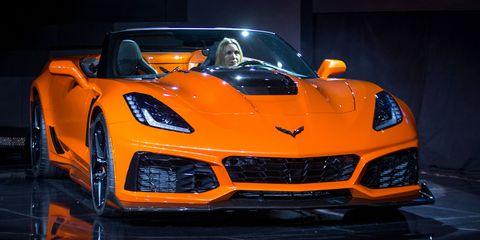 Land vehicle, Vehicle, Car, Sports car, Supercar, Automotive design, Auto show, Performance car, Coupé, Corvette stingray,