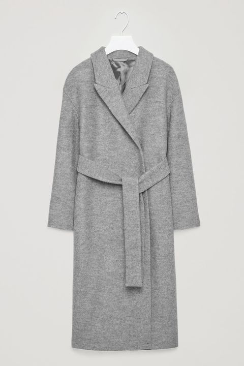 Clothing, Robe, Outerwear, Overcoat, Coat, Grey, Sleeve, Nightwear, Duster, Collar,