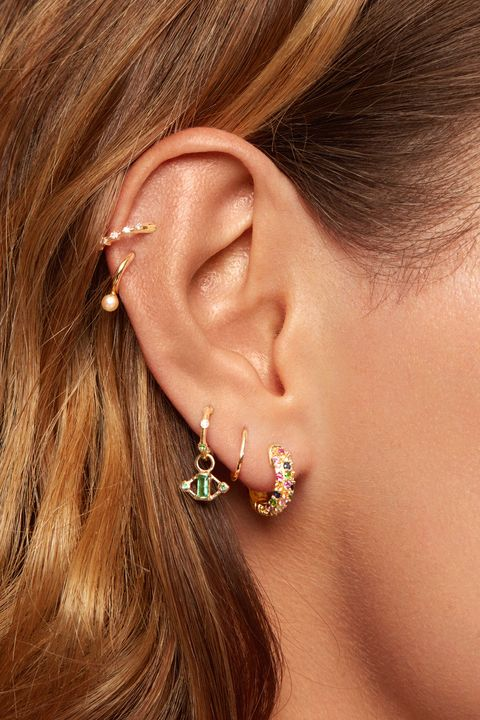 How To Take Out Starter Earrings And Piercing Jewelry At Home 2020