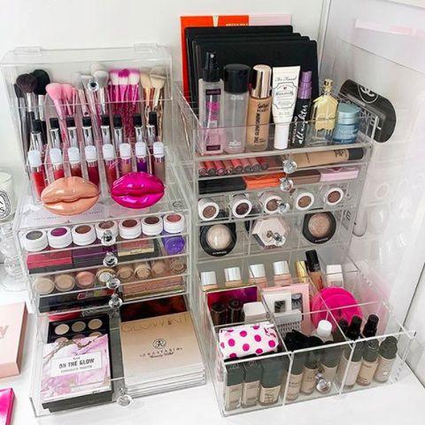 Cosmetics, Pink, Beauty, Lip gloss, Nail care, Nail polish, Material property, Drawer, Eyelash, Gloss,