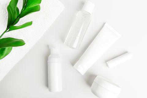 20款「洗面乳、潔顏凝膠、洗顏粉」推薦!正確洗臉步驟公開,依膚質挑潔顏產品全攻略