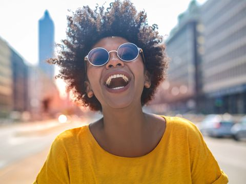 Eyewear, Hair, Glasses, Cool, Face, Sunglasses, Facial expression, People, Afro, Yellow,