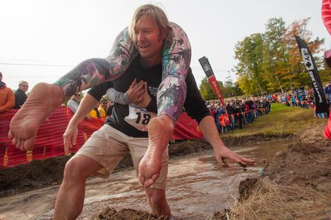Mud, Fun, Tree, Soil, Leisure, Competition, Competition event, Sports, Running,
