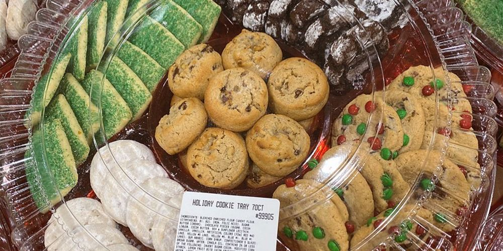 You'll Want to Bring Costco's 70-Cookie Holiday Tray to Every Christmas Party