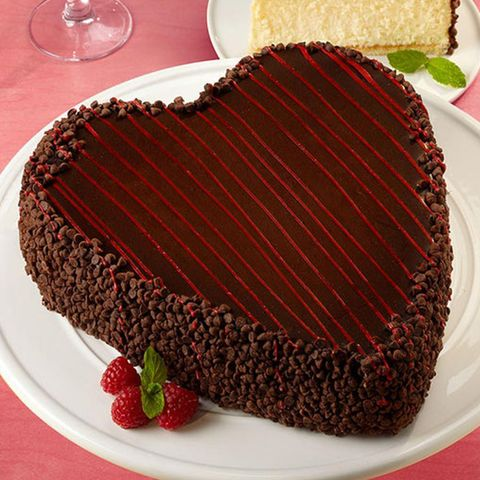Food, Chocolate cake, Flourless chocolate cake, Cuisine, Cake, Sachertorte, Dessert, Dish, Chocolate, Baked goods,