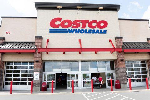 Costco Wholesale store in North Brunswick Township, New...
