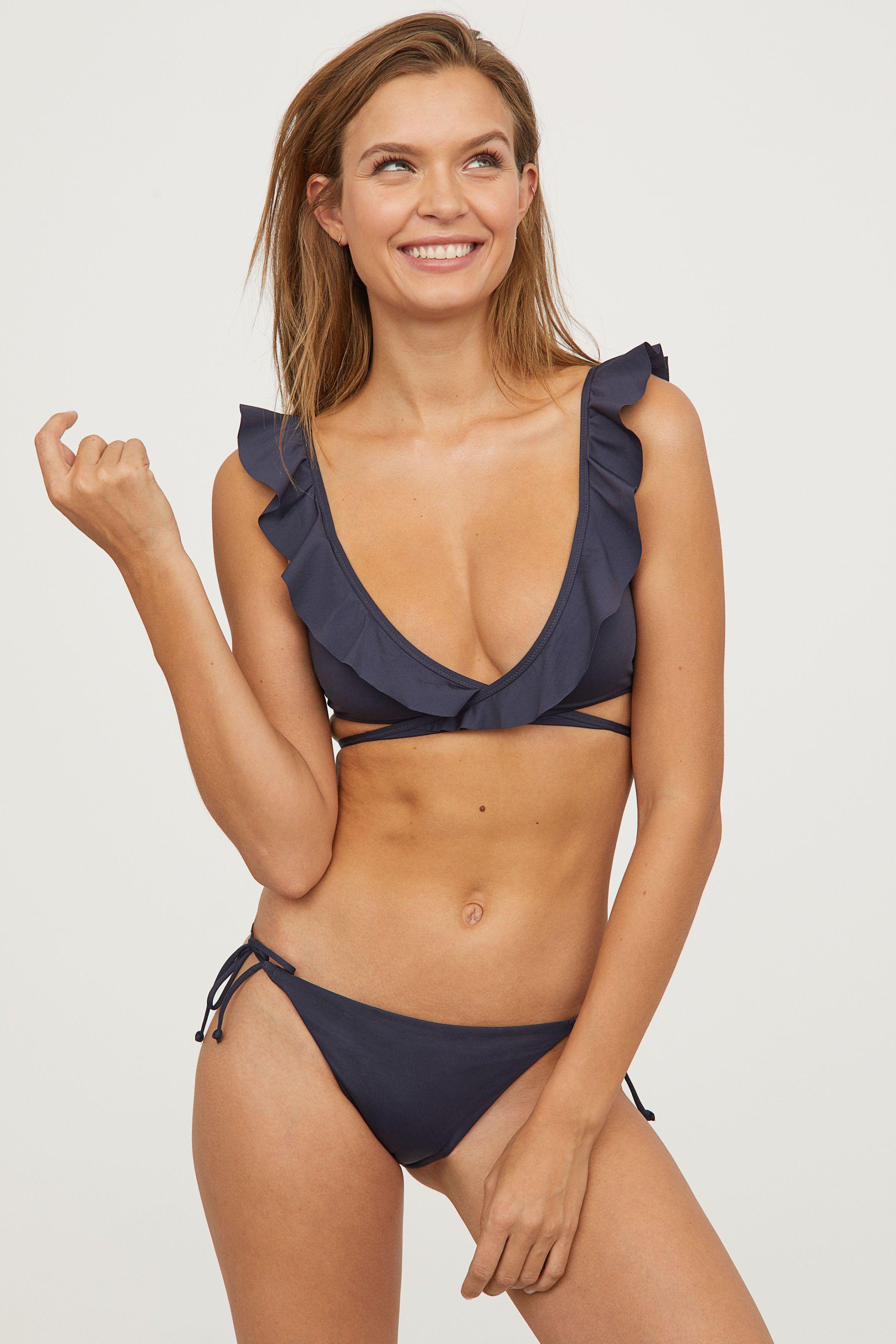 Moda Mare 2018: i 20 bikini a triangolo più hot dell\'estate