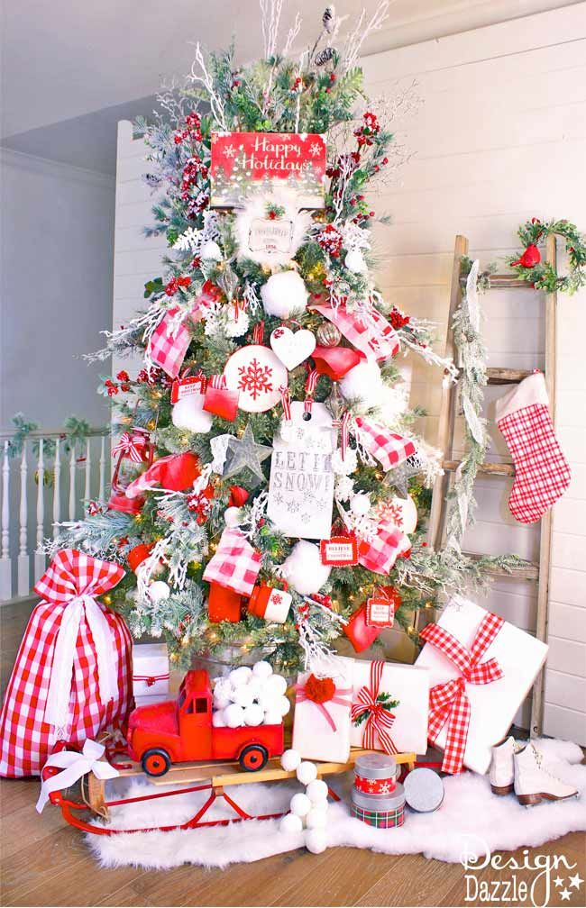 34 unique christmas tree decorations 2018 ideas for decorating your christmas tree - Christmas Tree Decorating Ensemble Kits