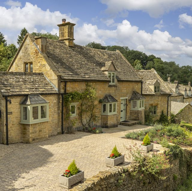 renovated cotswold cottage for sale