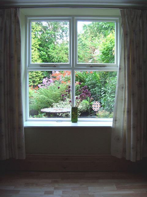 priveliștea pe geam