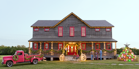 8f624bfa089 32 Country Christmas Decorating Ideas - How to Celebrate Christmas ...