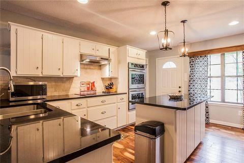 Country Farmhouse Fixer Upper Kitchen